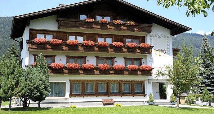 Sommerurlaub und winterurlaub in sterreich g nstiges for Design hotels skiurlaub